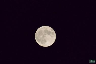Moon2015092802