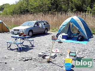 荒川の河原でキャンプ